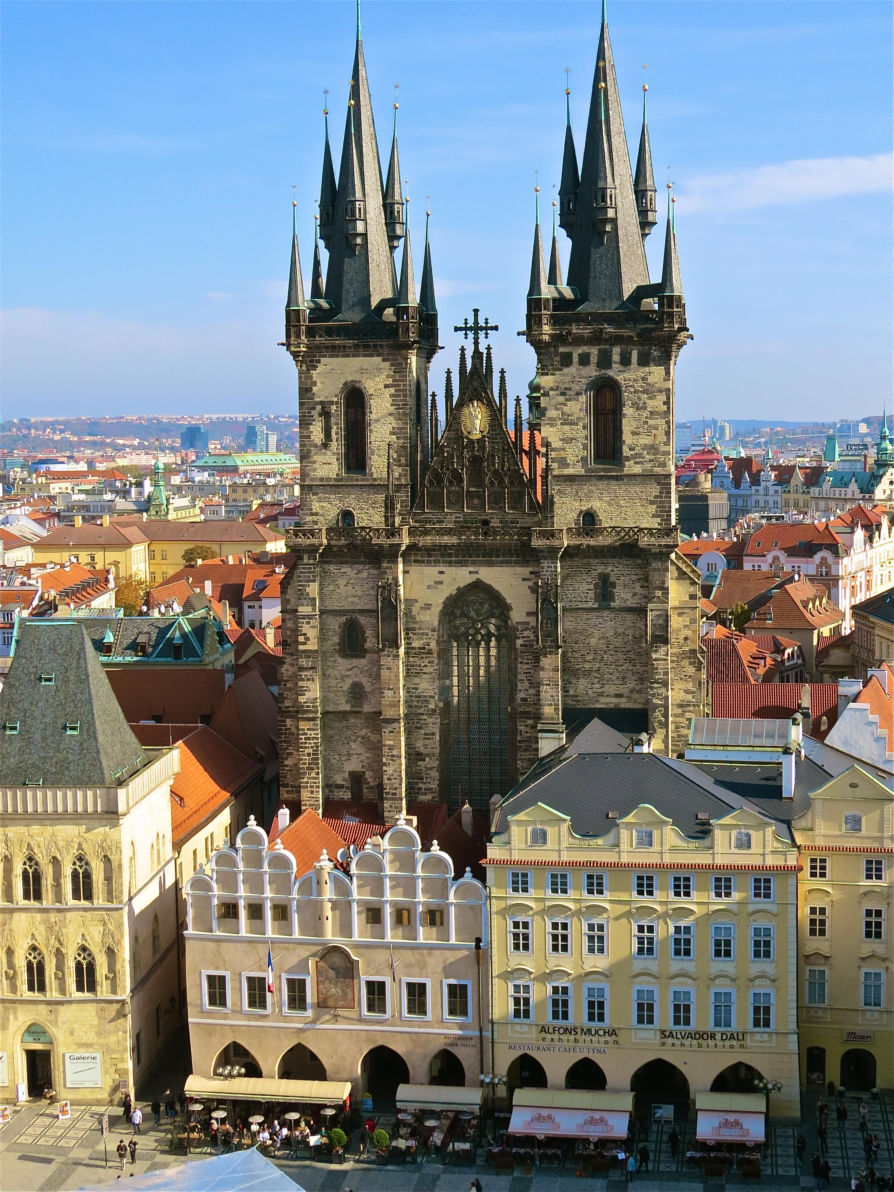 Photos beautiful prague in the sunlight opher 39 s world for Prague beauty